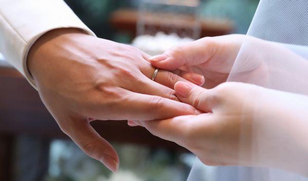 結婚指輪新郎